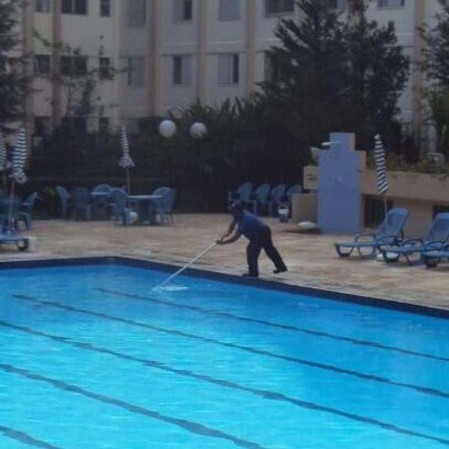 Limpeza de piscina 03comp
